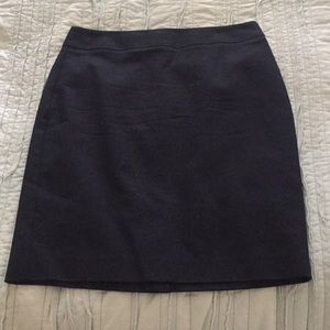 Banana Republic Skirts - NWOT pencil skirt